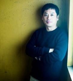 先進理工学部 物理学科 寄田 浩平 教授