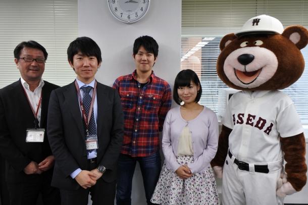 (左から) 日本語教育研究センター 職員 岡 育志さん 国際教養学術院事務所(前 日本語教育研究センター) 職員 南部 昌司さん