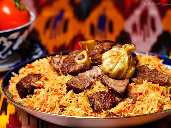 「料理の王様」とも称されるウズベクプロフ