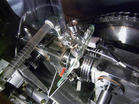 自動車用プロトタイプエンジン