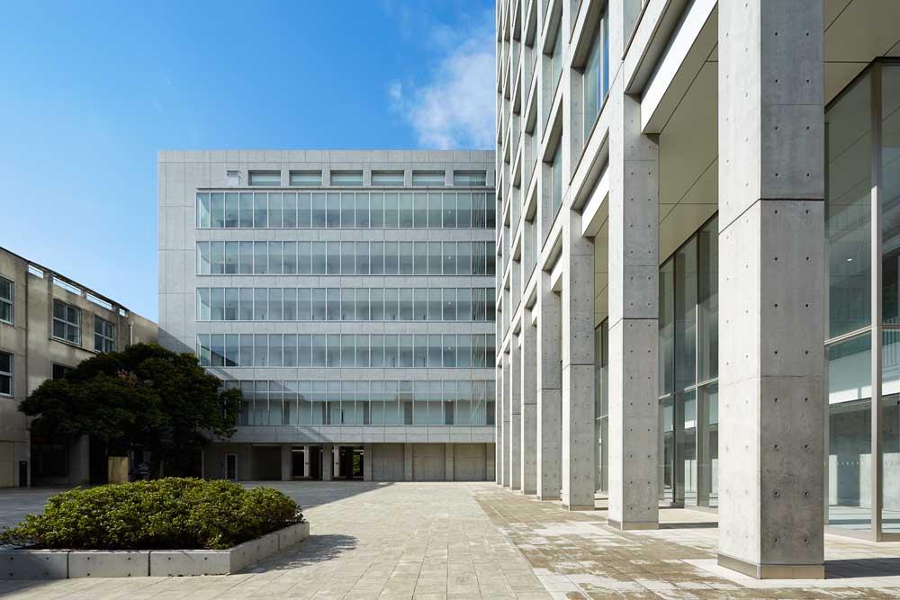 「早稲田大学 戸山キャンパス」の画像検索結果