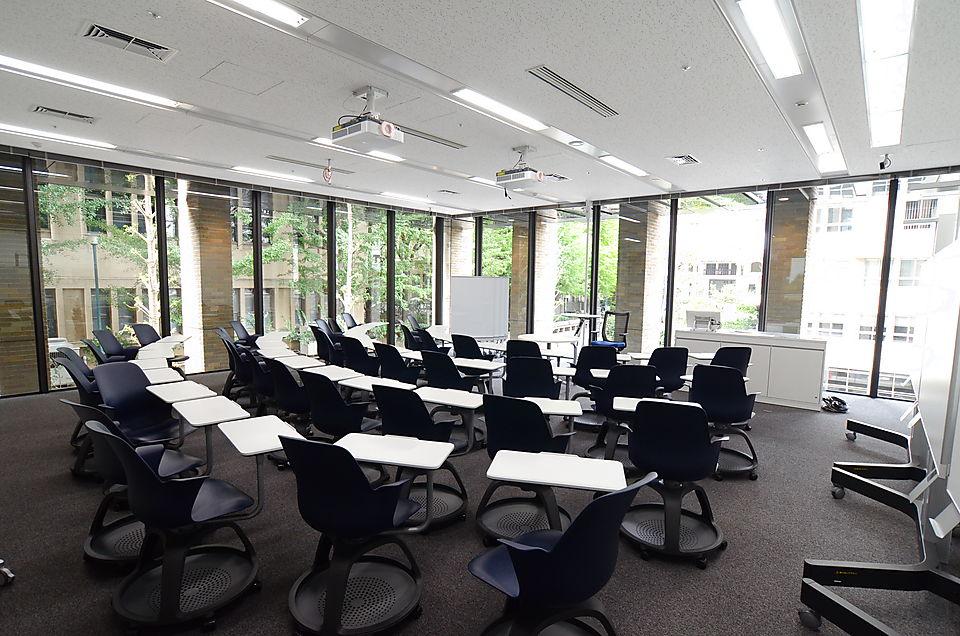 高層棟教室
