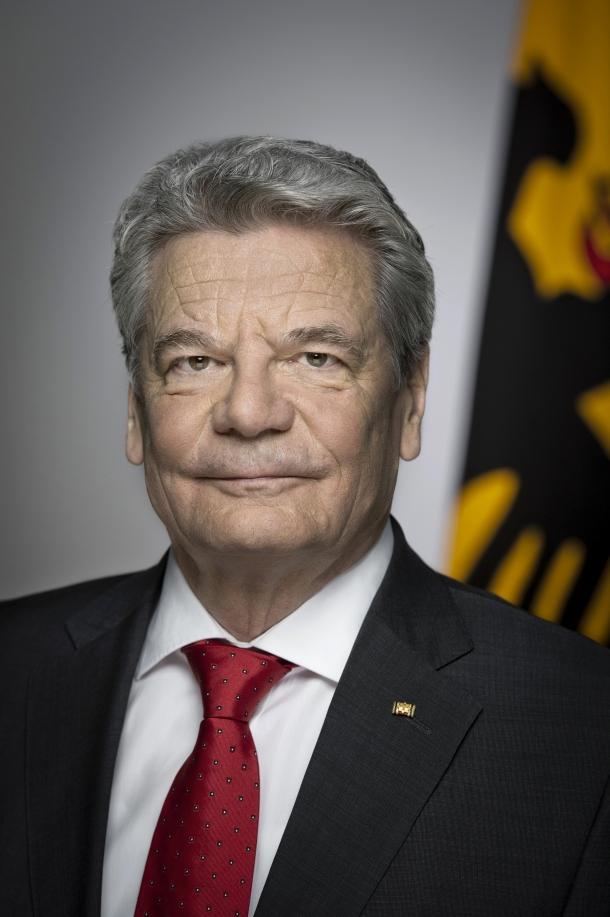 Official-portrait-Federal-President-Gauck