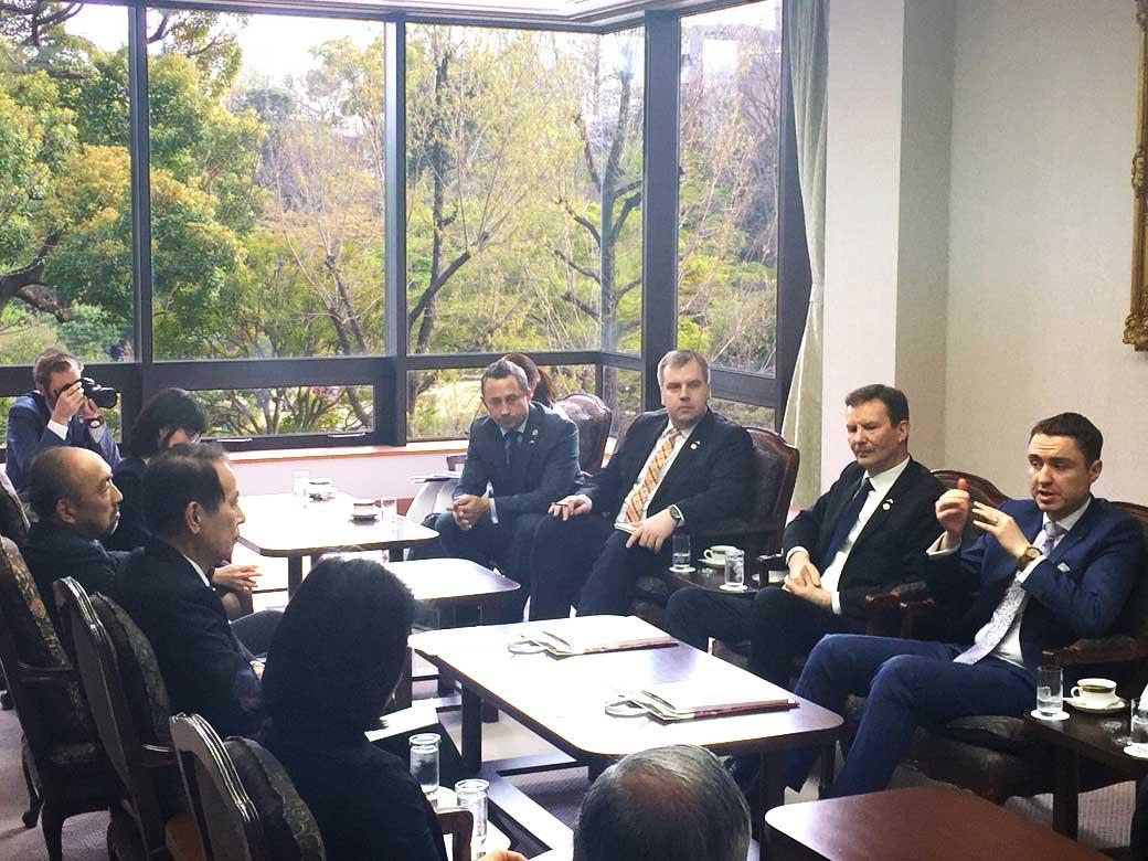 Estonia's Prime Minster Taavi Rõivas visits Waseda