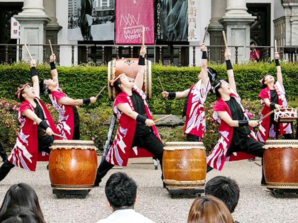 Taiko drums beating during Museum Week 2016