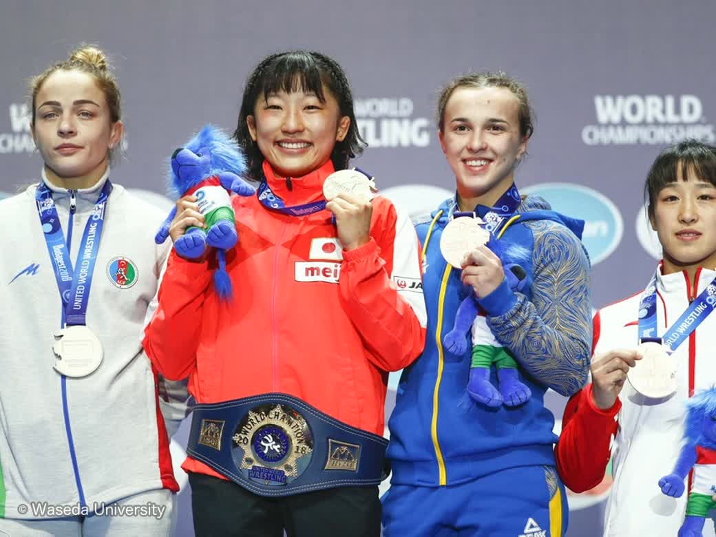 First-year student Yui Susaki wins second consecutive gold medals at World Wrestling Championships