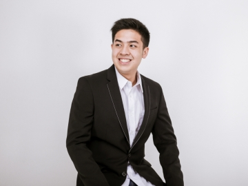 4th year international student and social media influencer Jerome Polin aims to change Indonesia's education system